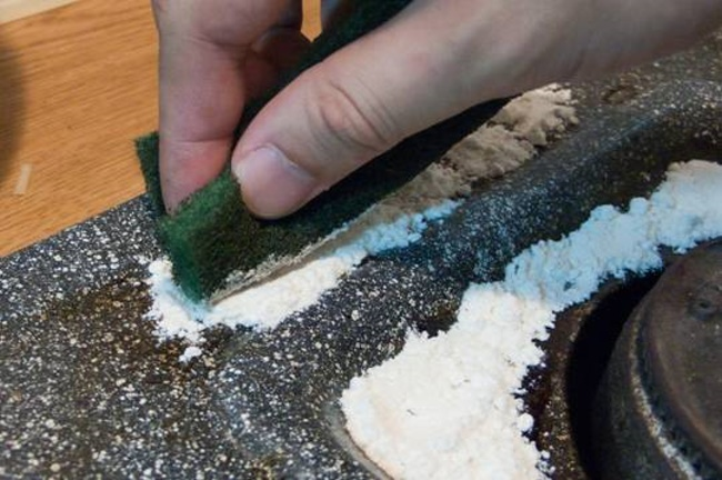 【Life Tips】How to clean & remove oil stains from kitchen stove 3-3